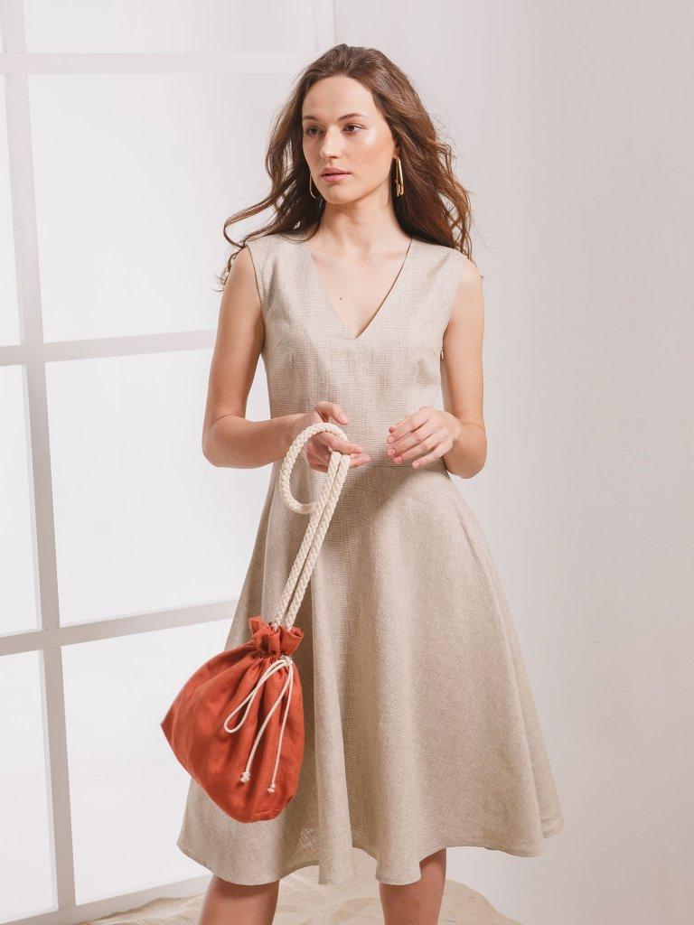 Плаття з вирізом 2020